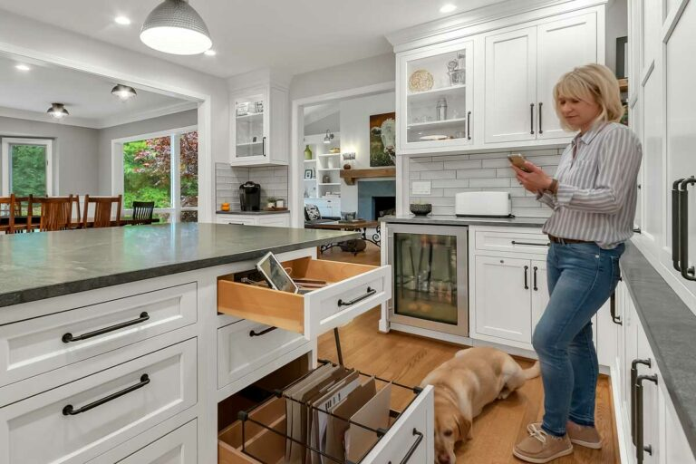 Create The Kitchen Of Your Dreams E W Kitchens